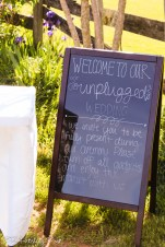Unplugged sign